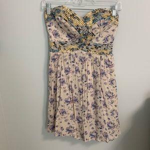 Floral patterned strapless mini dress